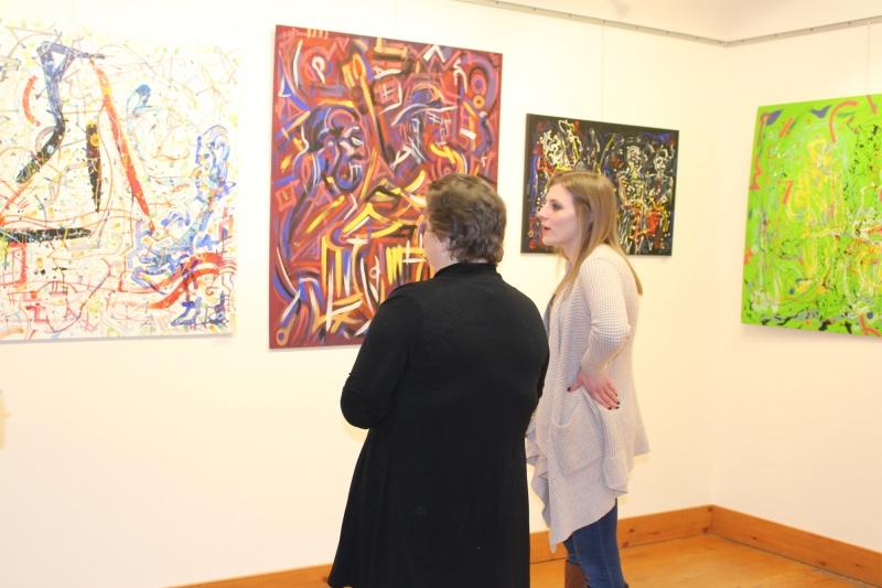 Walk In ARt Center Main Gallery Exhibit Photo